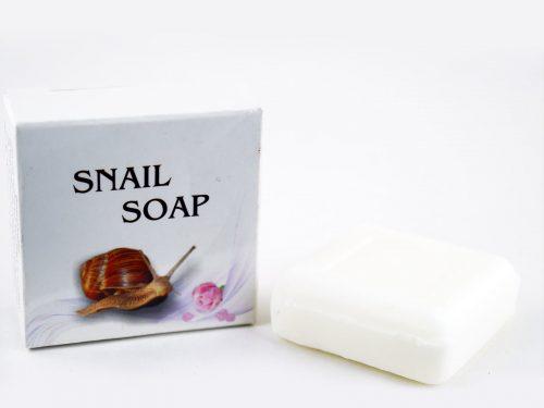 Подхранващ и овлажняващ кожата Тоалетен сапун с екстракт от охлюви 30g