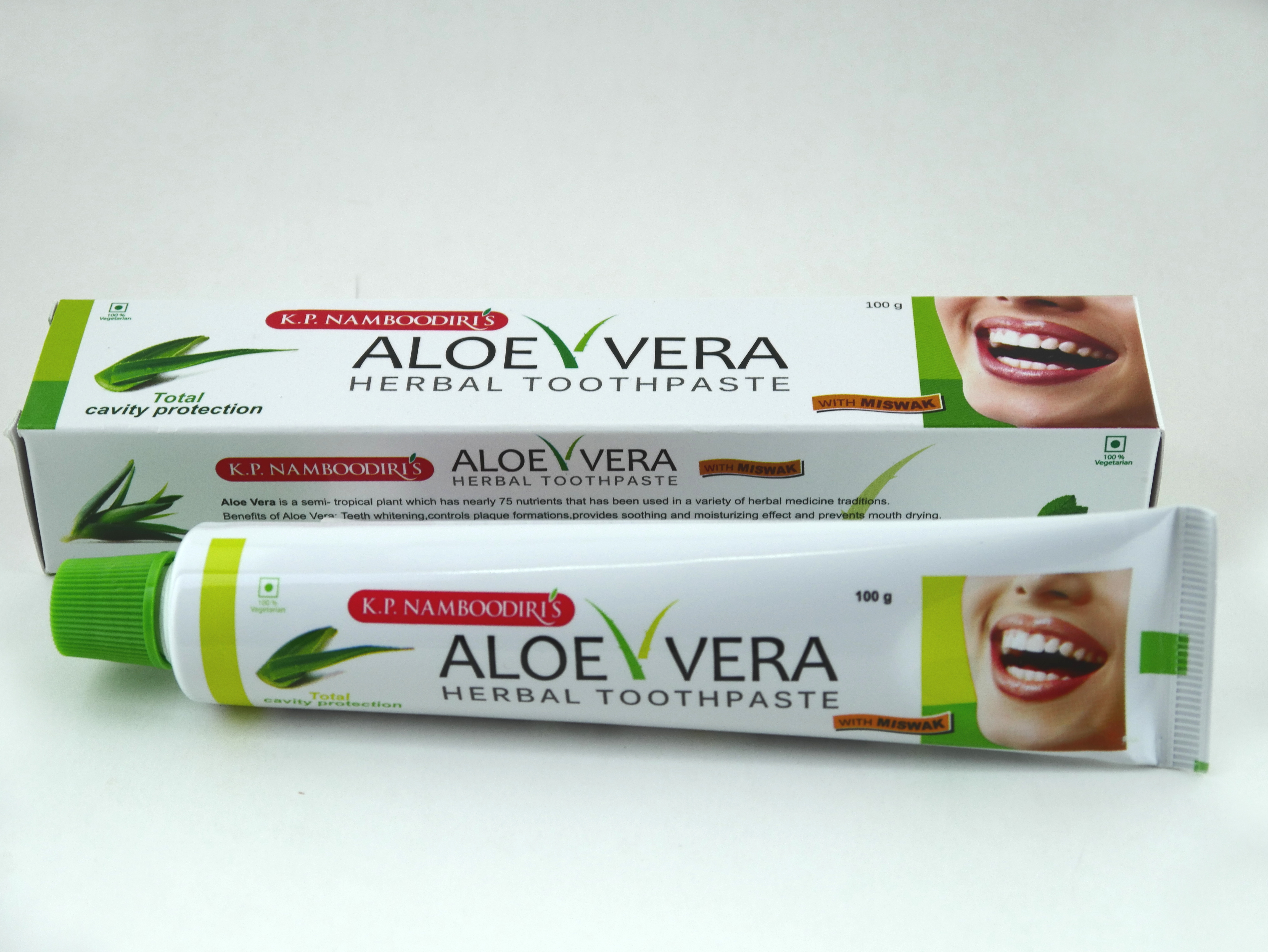 Възстановяваща Антибактериална паста за зъби (билкова с Алое и Мисвак) против възпаления и кариес (подходяща за вегани) 100г.